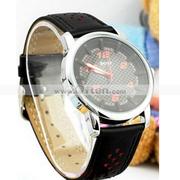 Free Shipping:JULIUS B38075Ma Leather Round Ladies Quartz Wrist Watch
